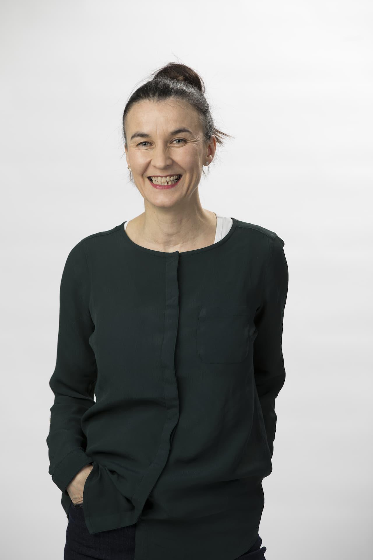 Carola Murakami |Empfang und Labor Freiburg